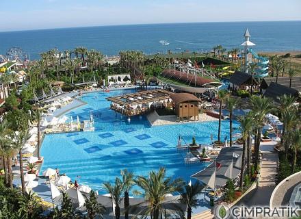 Riva Diva Resort Hotel